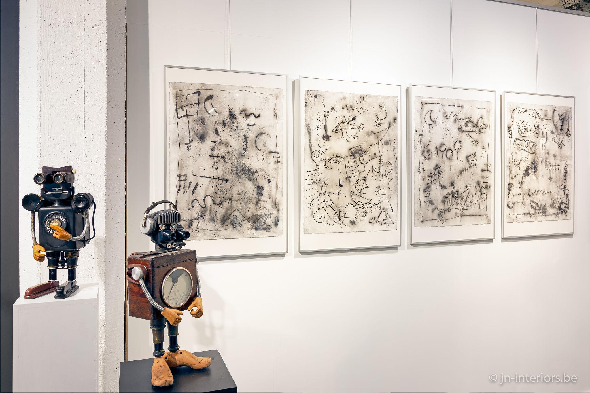 exposition d'art, sculptures de robot, dessin artiste belge, oeuvre d'art, galerie d'art, magasin de décoration belgique, jn interiors, jour et nuit liège verviers
