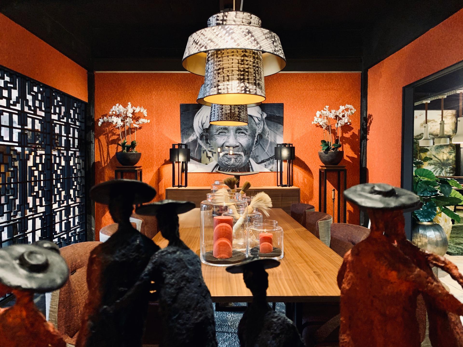 Décoration intérieure, salle à manger orange, objets de déco luxe, JN interiors, jour et nuit liege verviers