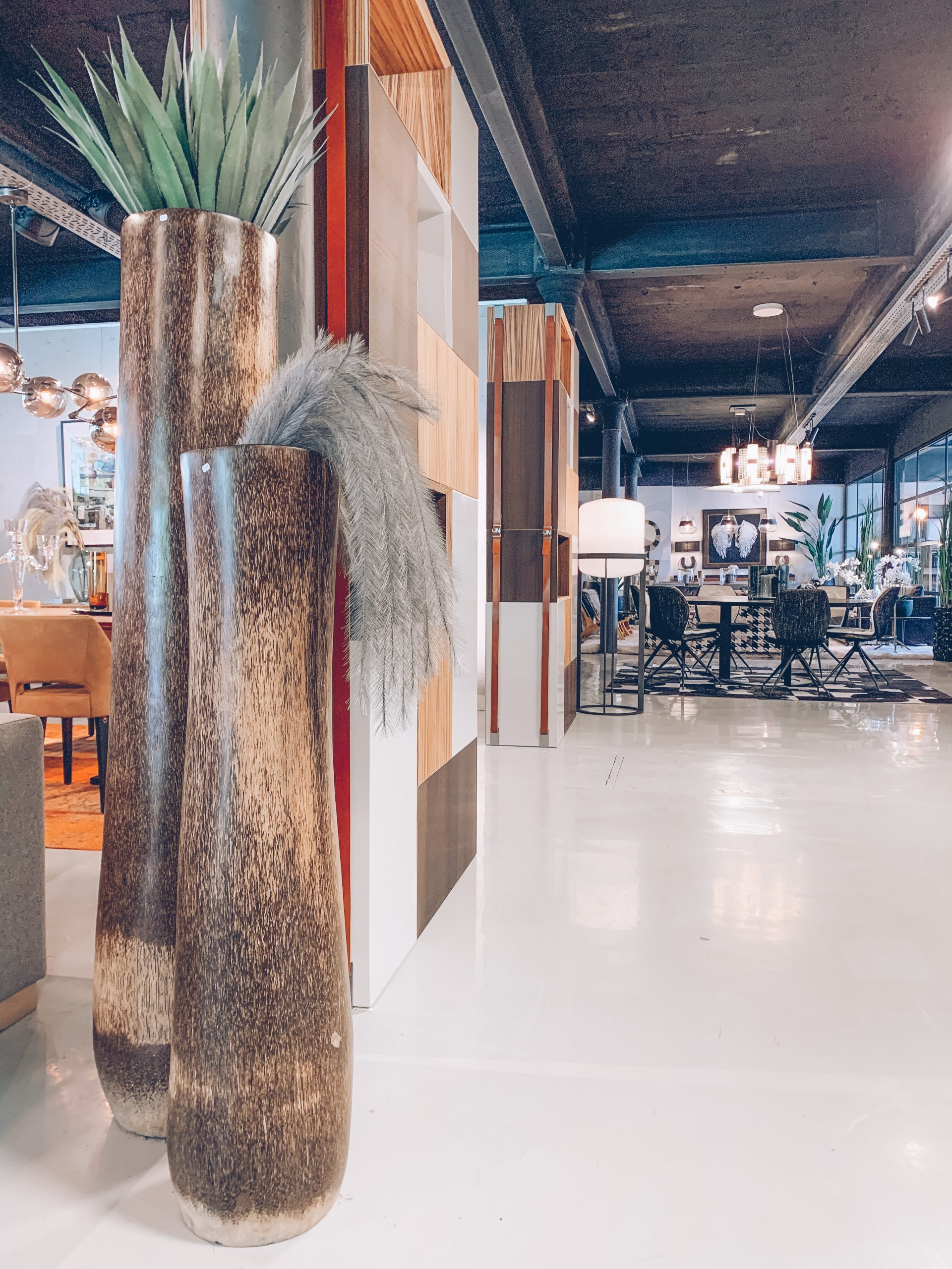 plantes d'intérieur, vases décoratif, objets de décoration, magasin de déco belgique, designers belges, jn interiors, jour et nuit liège verviers
