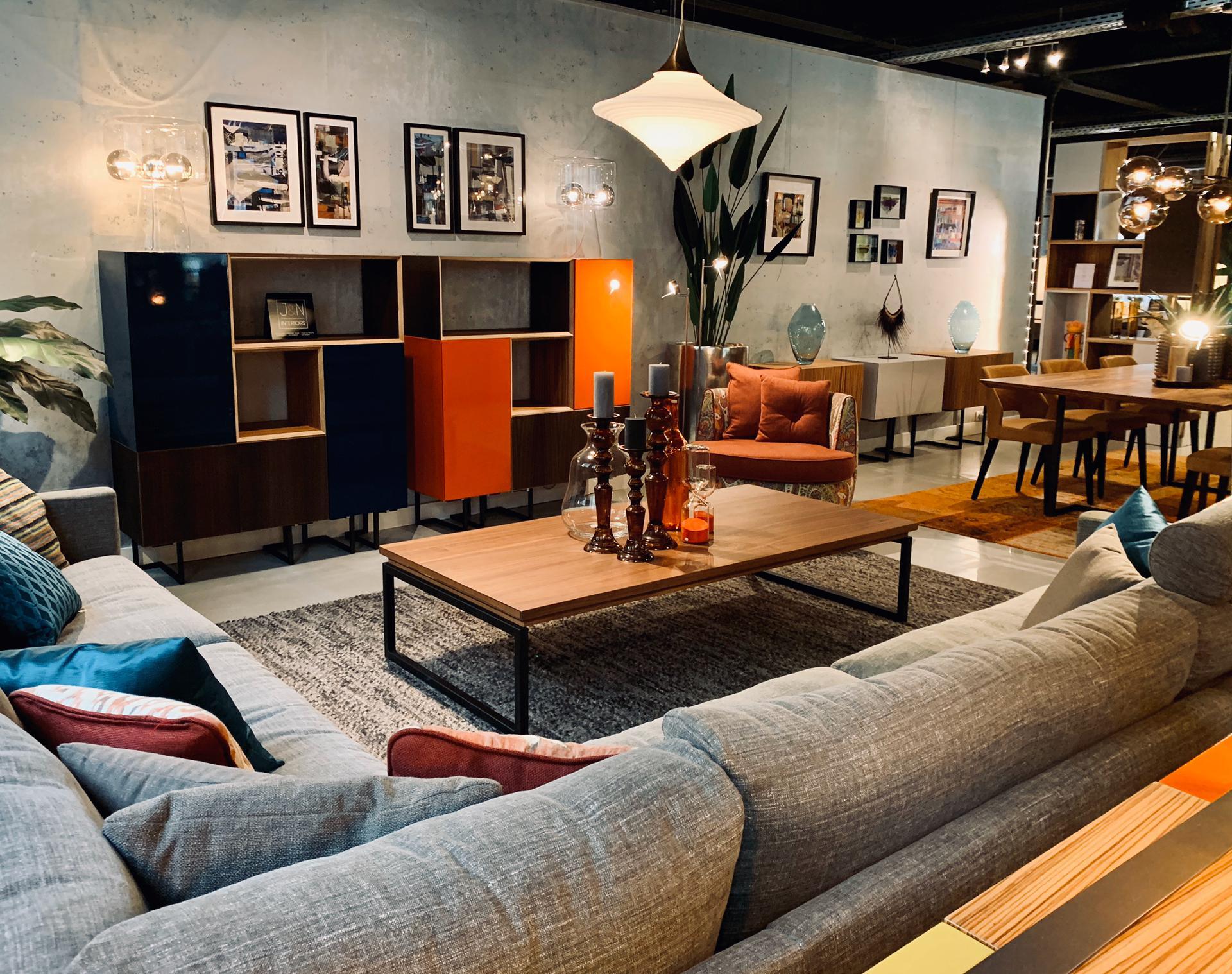 décoration de salon, canapé chic, meubles haut de gamme, magasin de décoration, jn interiors, jour et nuit liège verviers